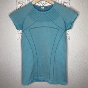 Ivivva by Lululemon swiftly tech fly Shirt .